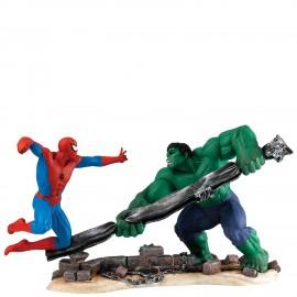Ο Spiderman Εναντίον Hulk από τη Marvel Χειροποίητο Αγαλματίδιο