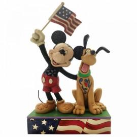 Μέρα Σημαίας για Μίκυ και Πλούτο